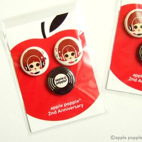 apple popple*/2nd Anniversary バッジ